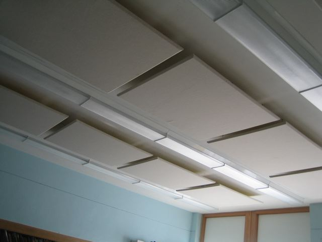 sound panels float in classroom to control excessive noise levels