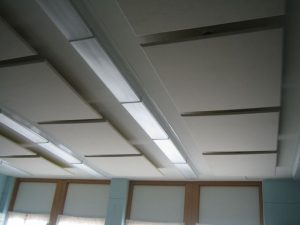 acoustic ceiling clouds improve classroom acoustics
