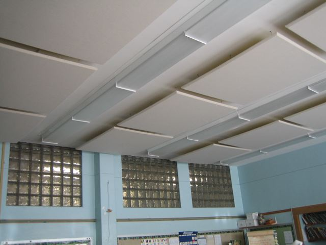 ceiling tiles capture and convert echoes in classroom