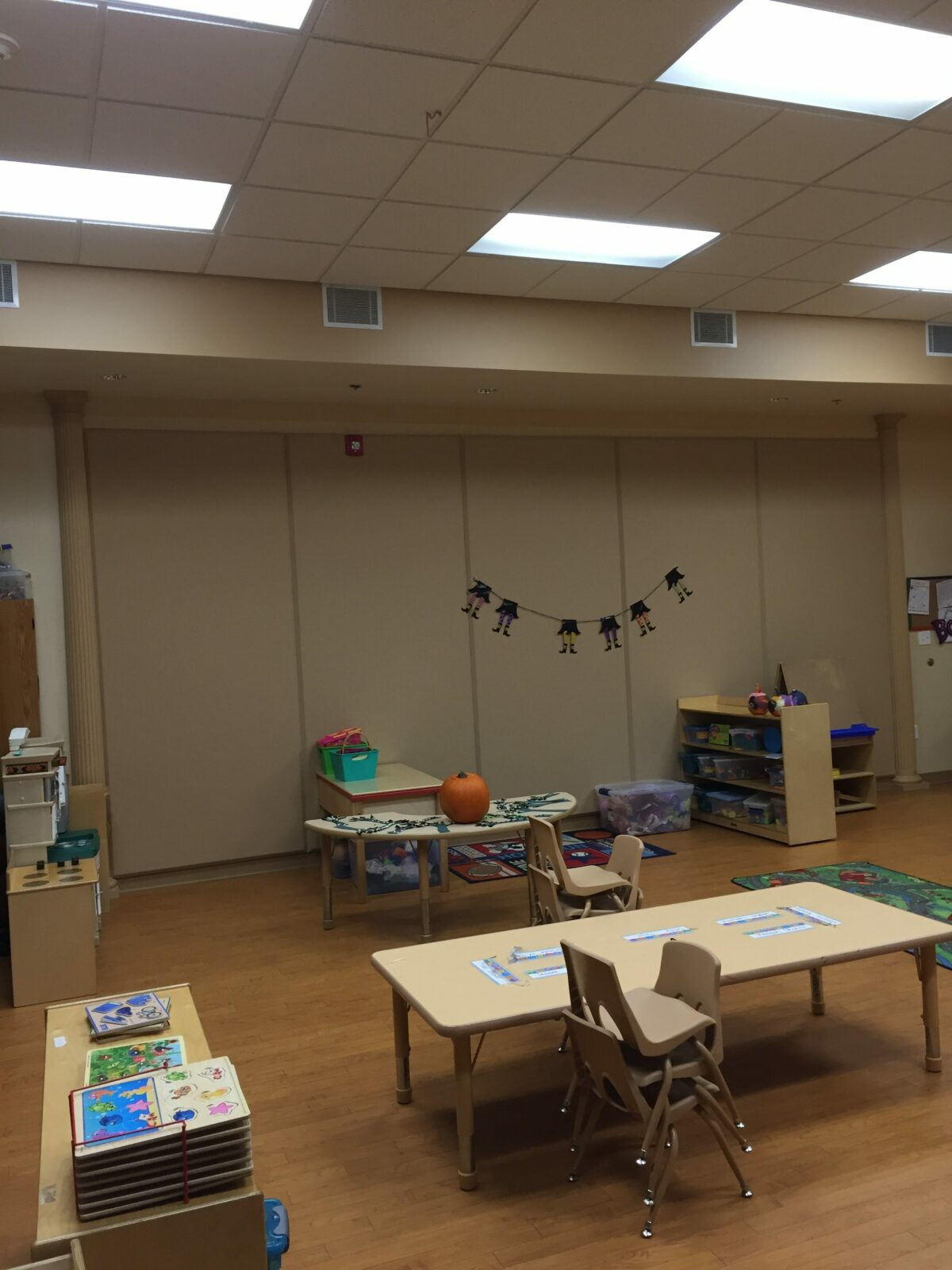Classroom to Control Noise Levels
