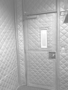 Sound Barrier Blankets that block transmission of noise for soundproofing a room