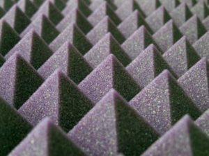 pyramid foam absorbs echo